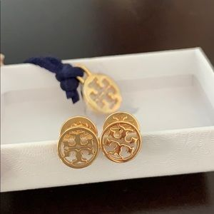 Beautiful Tory Burch Gold Circle Logo Earrings